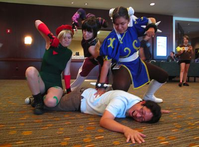 Streetfighter girls hammer Ejen Chuang AnimeFEST 2010 Cosplay in America