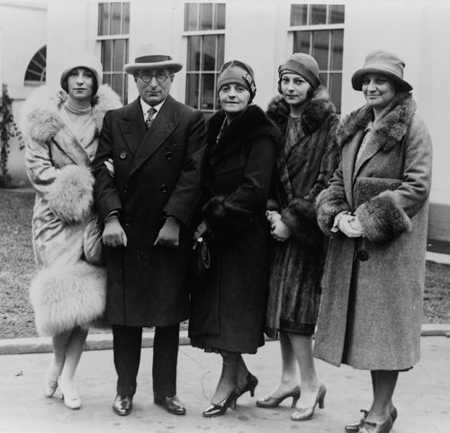 Louis B Mayer and family visit White House